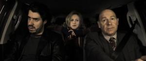 Simon Astier, Marie Kremer et Didier Bénureau dans Cassos de Philippe Carrese